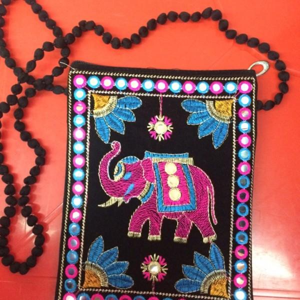 Сумочка большая Индия со слоном
